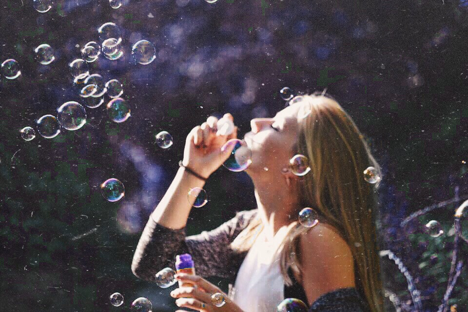 Bubbels💜💙💚 #nature #travel #photography #summer #love #me #old #people #art #bubbels #blond #blah #nice #day #fun #goodnight