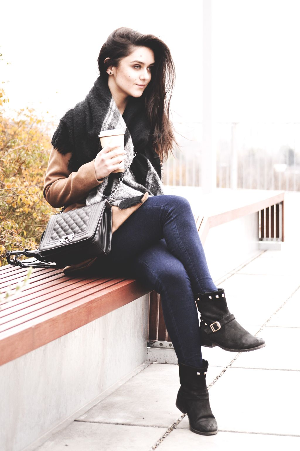 #poland #photography #photo #girl #coffee #freeze #cold #terasa