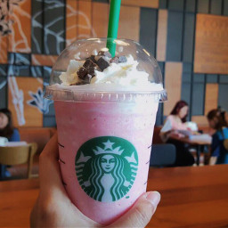 freetoedit photography starbucks raspberries frozen